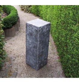 Eliassen Sokkel hardsteen gekapt 25x25x70cm