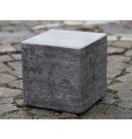 Eliassen Pedestal hard stone burned 15x15x15cm