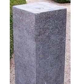 Eliassen Sockel aus Freestone verbrannt 25x25x45cm