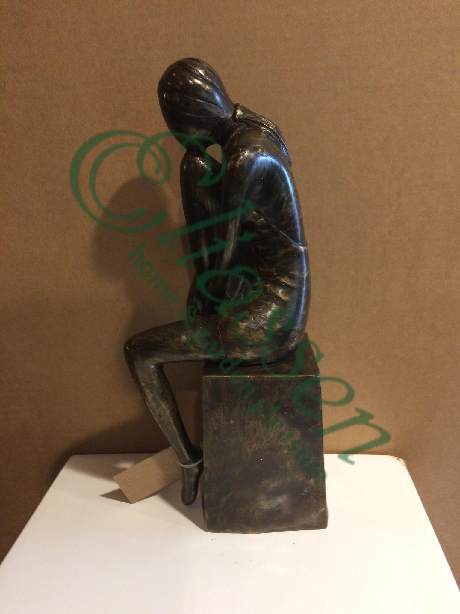 Bronzen beeld meisje