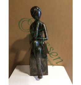 Bronzeskulptur Mädchen 2