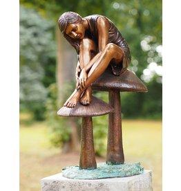 Image bronze girl on mushrooms