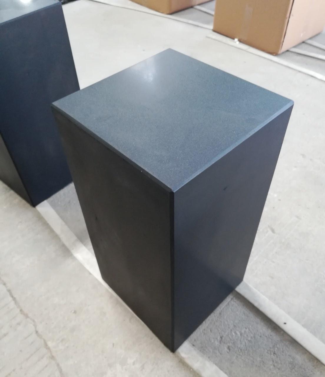 Eliassen Base black granite matt 30x30x75cm