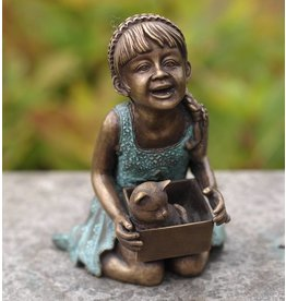 Eliassen Image bronze smiling girl