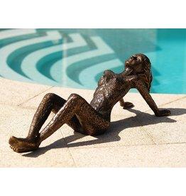 Eliassen Image bronze small lying woman
