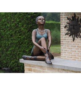 Sitzballerina aus Bronze