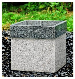 kubusbak with dark border with wheels