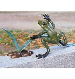 Eliassen Image bronze frog in the reed spray figure