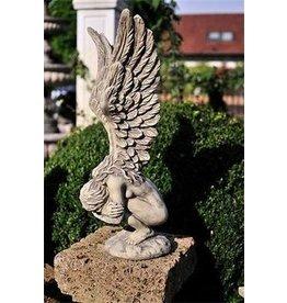Eliassen Tuinbeeld engel voorovergebogen klein
