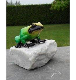 Eliassen bronze frog on a stone green