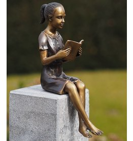 Eliassen Image bronze Small reading girl