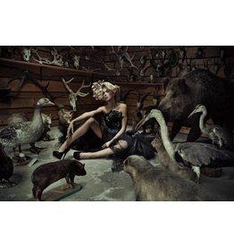 Eliassen Glas 80x120cm Frau zwischen den Tieren