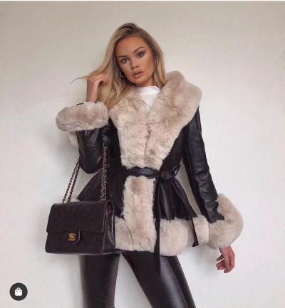 Dames imitatie lammy coat beige