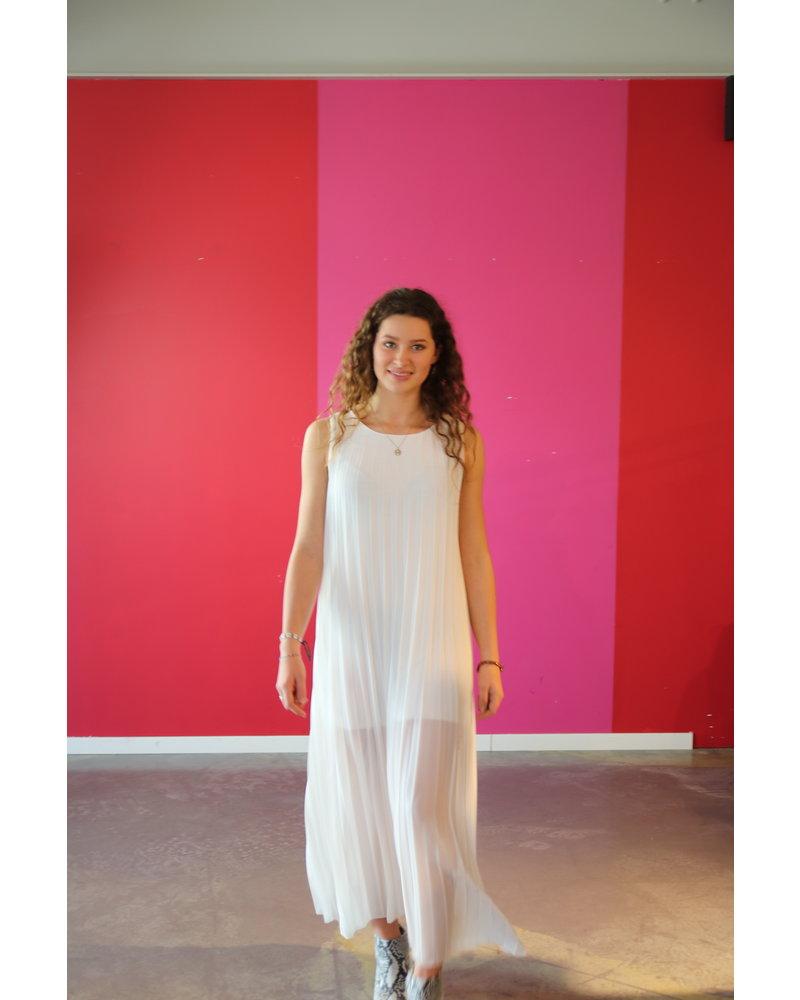 kleed lang wit plisee