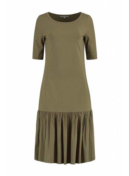 SYLVER Plissé Dress - Olijfgroen