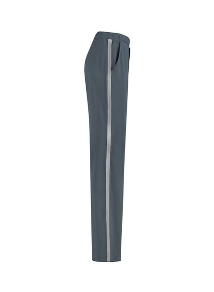 SYLVER Silky Jersey Trousers Coloured Tape - Staalgrijs