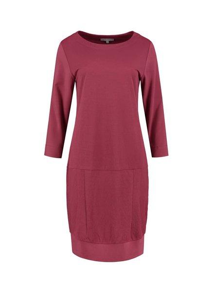 SYLVER Stretch Crêpe Dress - Donkerrood
