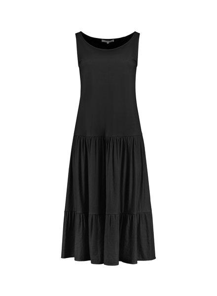 SYLVER Crêpe Stretch Dress - Zwart