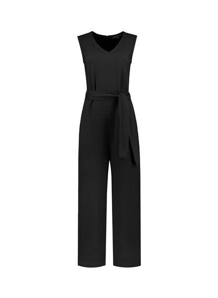 SYLVER Crêpe Stretch Jumpsuit - Zwart
