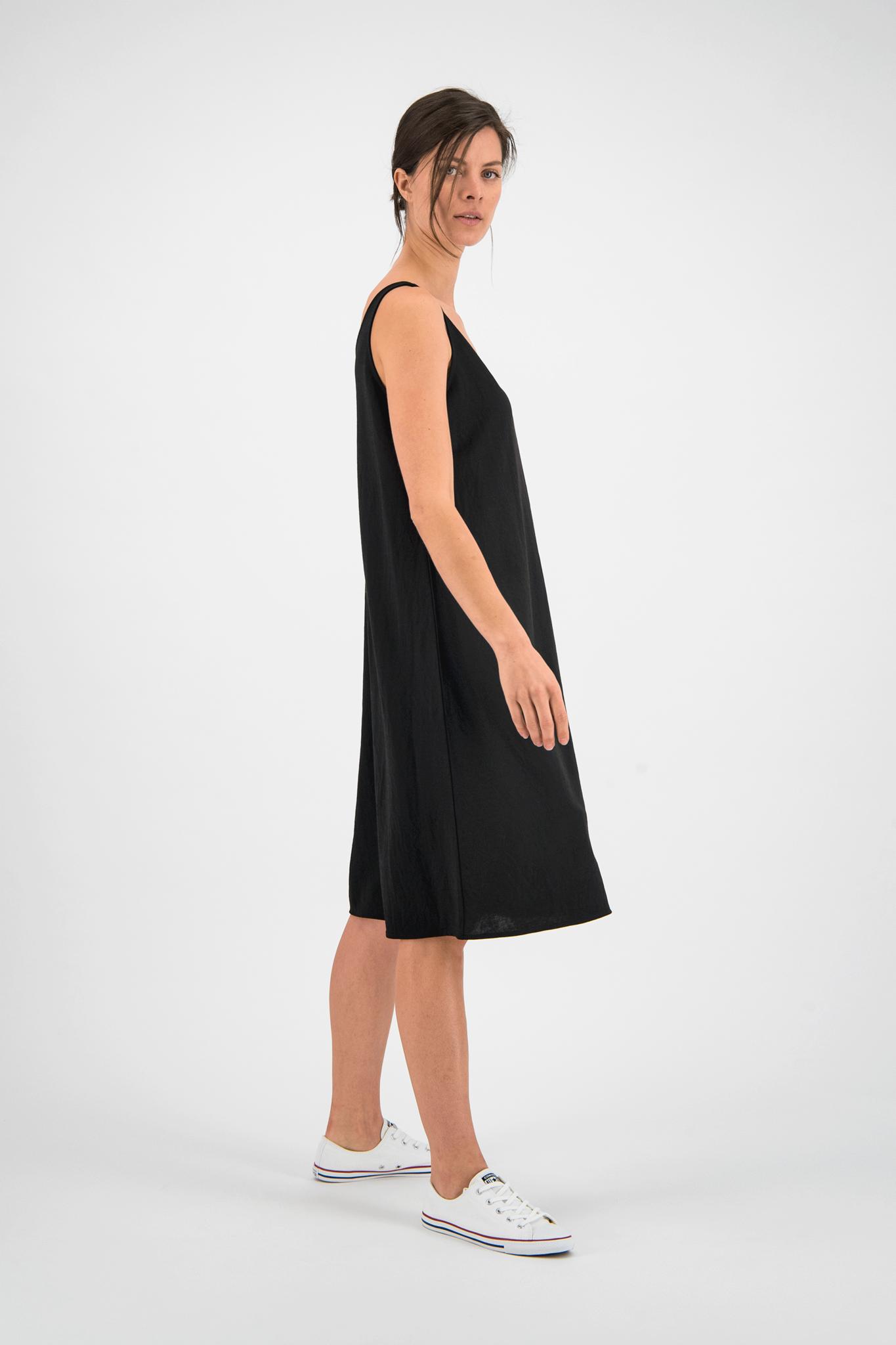SYLVER Crêpe Stretch Dress A-line - Zwart