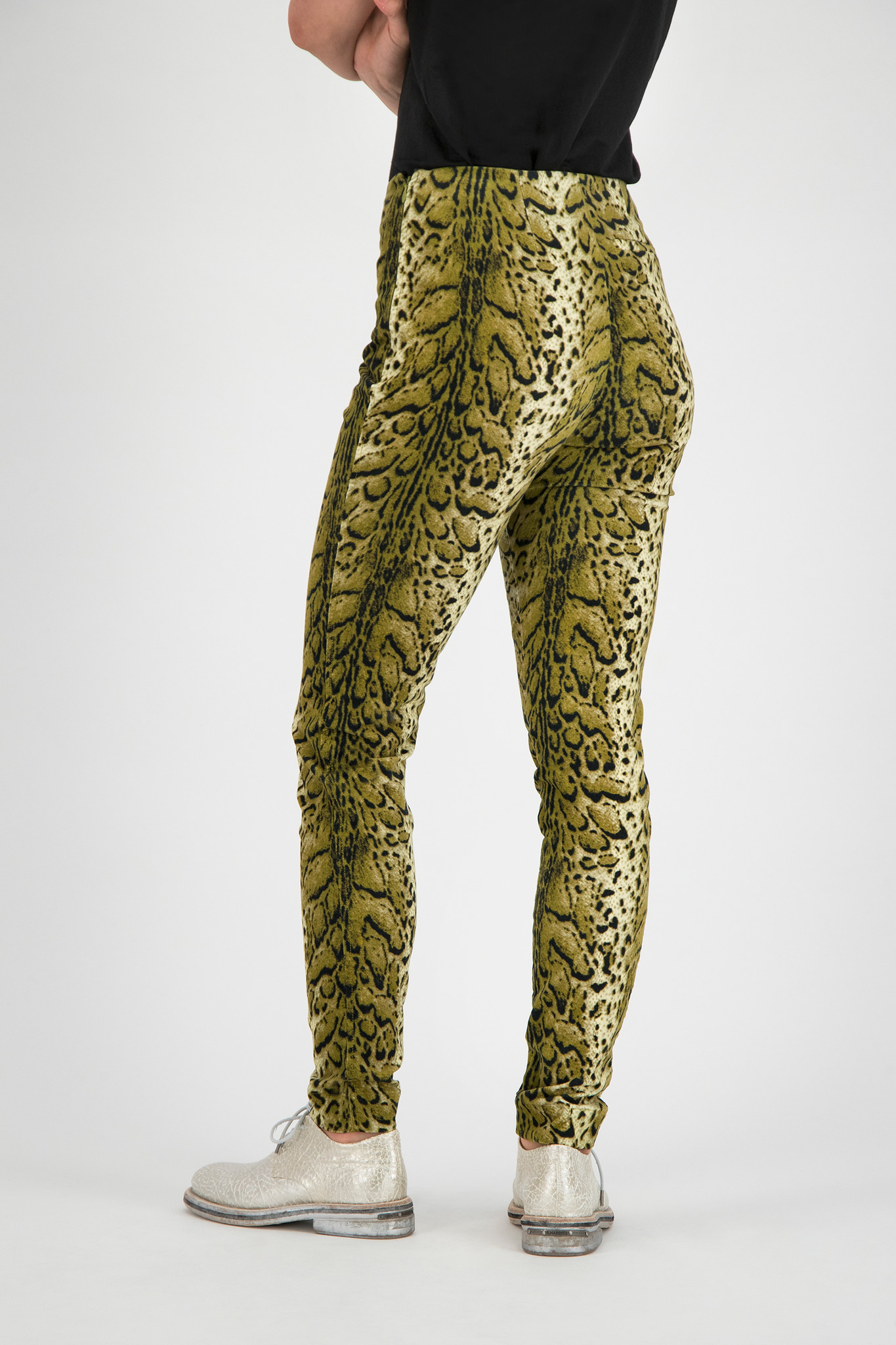 SYLVER Leopard Pants - Country