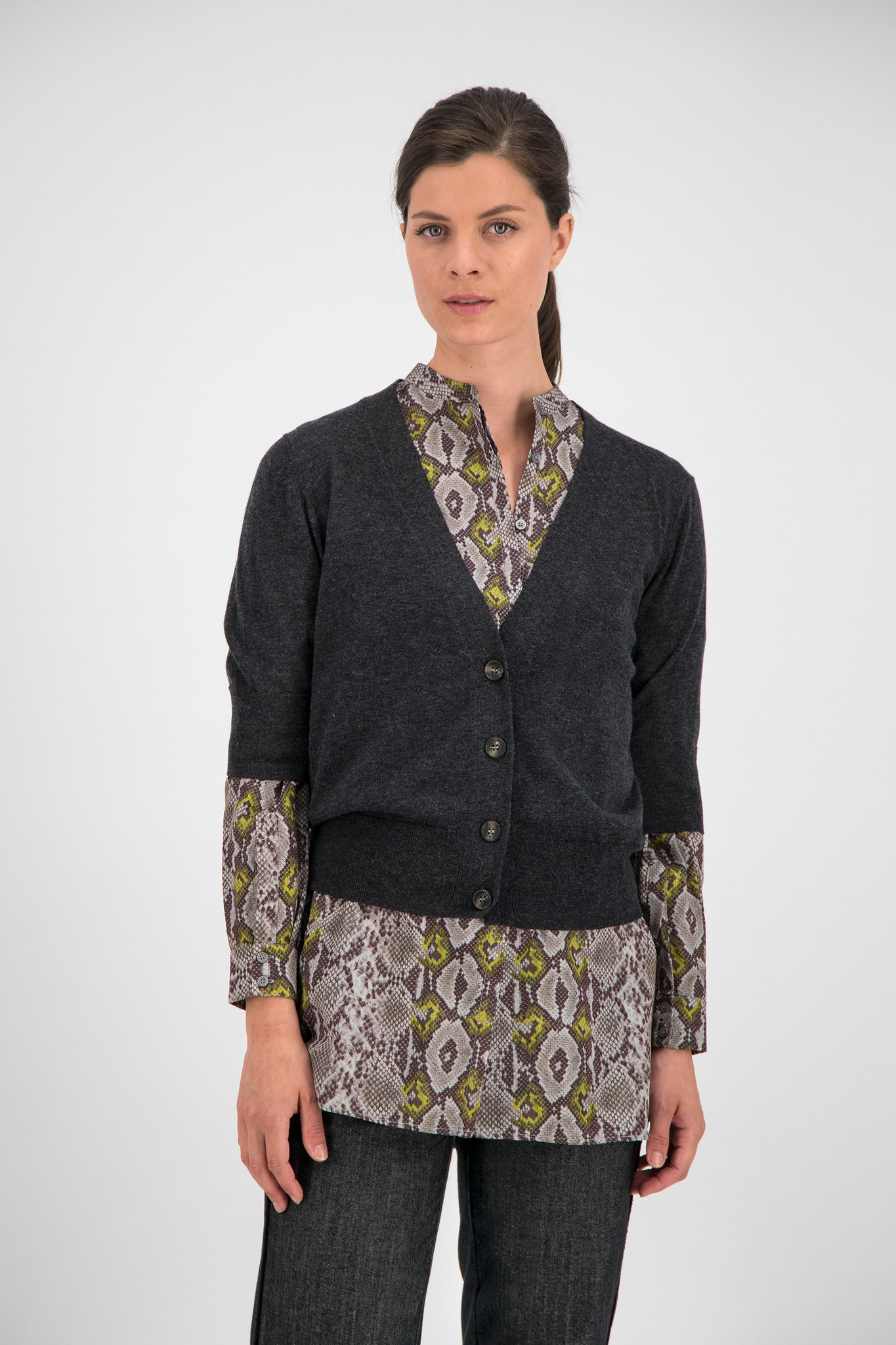 SYLVER Fine Knit Cardigan - Grey