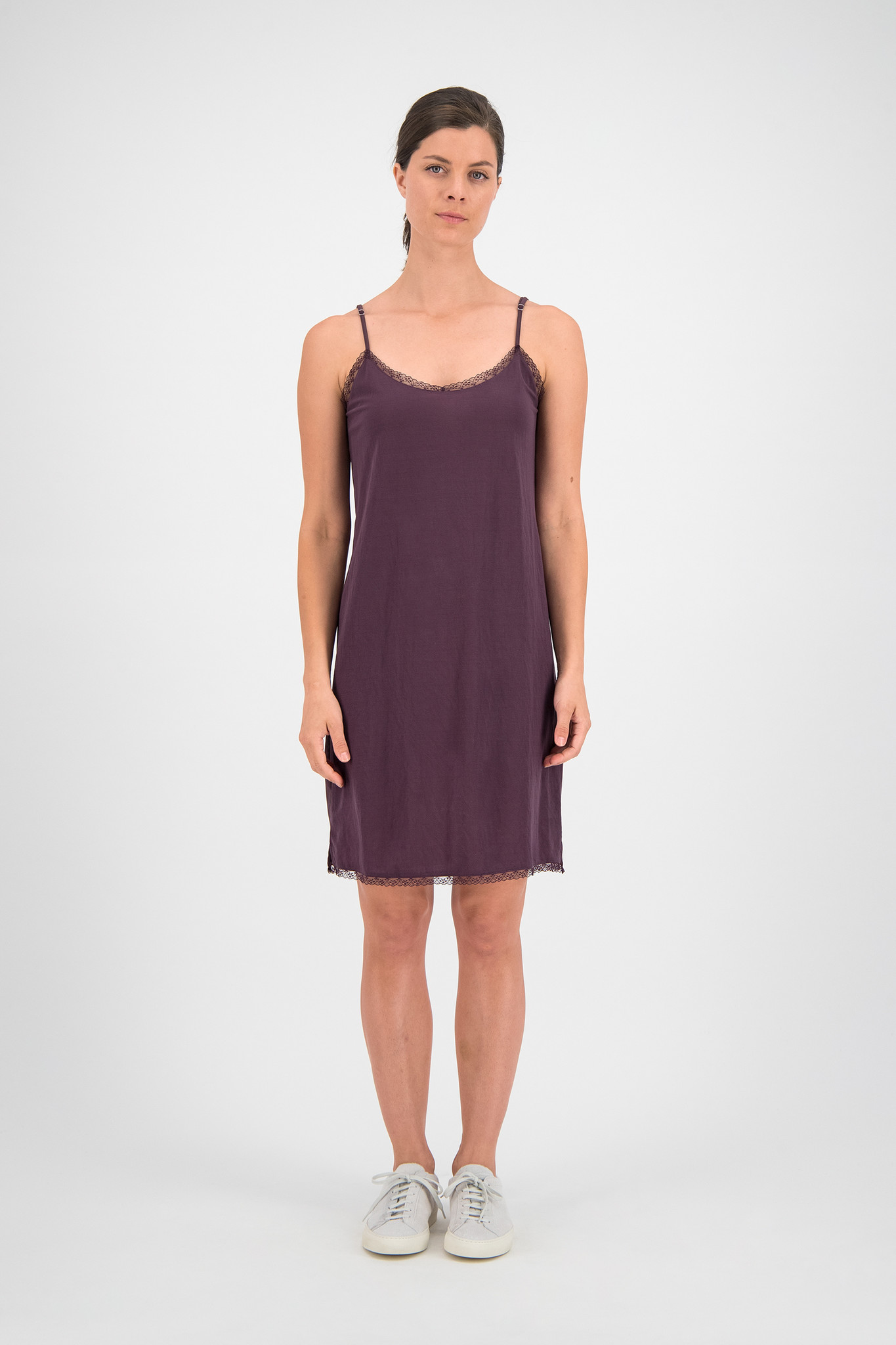SYLVER Crêpe Stretch Slip Dress - Choco Wine