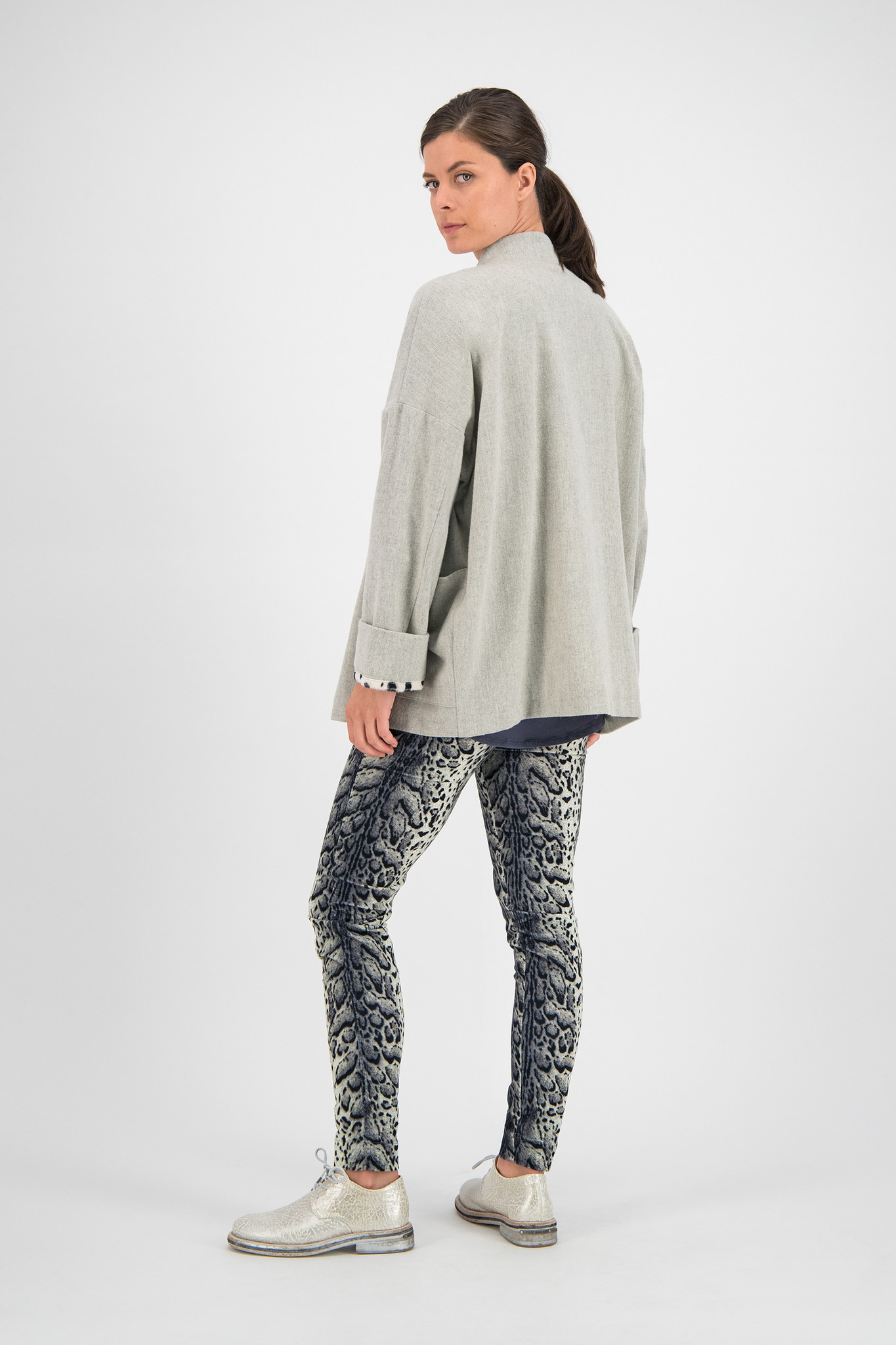 SYLVER Leopard Pants - Light Grey