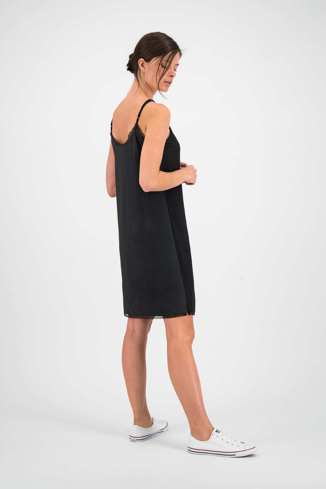 SYLVER Crêpe Stretch Slip Dress - Black