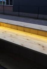 Guy Verrijdbare Bar / Balie / Toonbank  van steigerhout met een waterproof LED verlichting