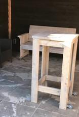 De Hoefslag Bartafel van steigerhout  met Bokwielen