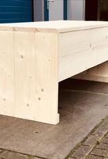 Ricardo Bureau / Buro van steigerhout