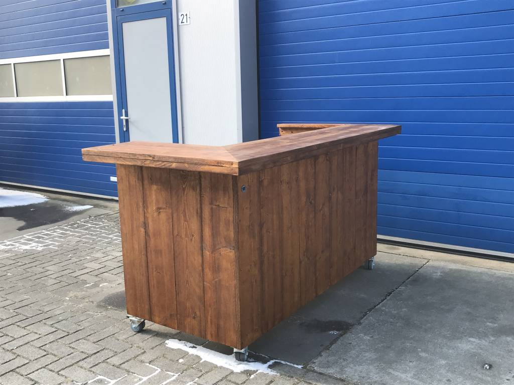 Delta Plus Verrijdbare Balie / Toonbank van steigerhout: Model Delta Plus.