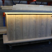 Leonard Bar / Balie / Toonbank met LED verlichting van en verrijdbaar