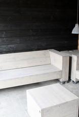 Loungebank van steigerhout op wielen