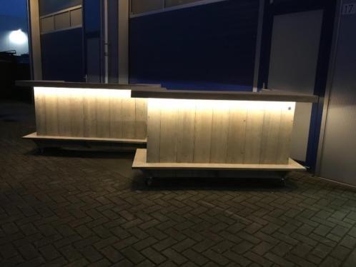 Toog van steigerhout met LED verlichting en verrijdbaar