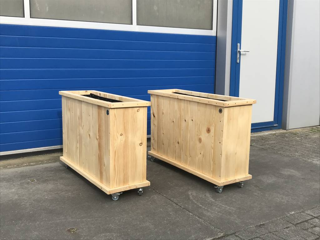 Up Plantenbak / Bloembak van steigerhout op wieltjes : Model Up