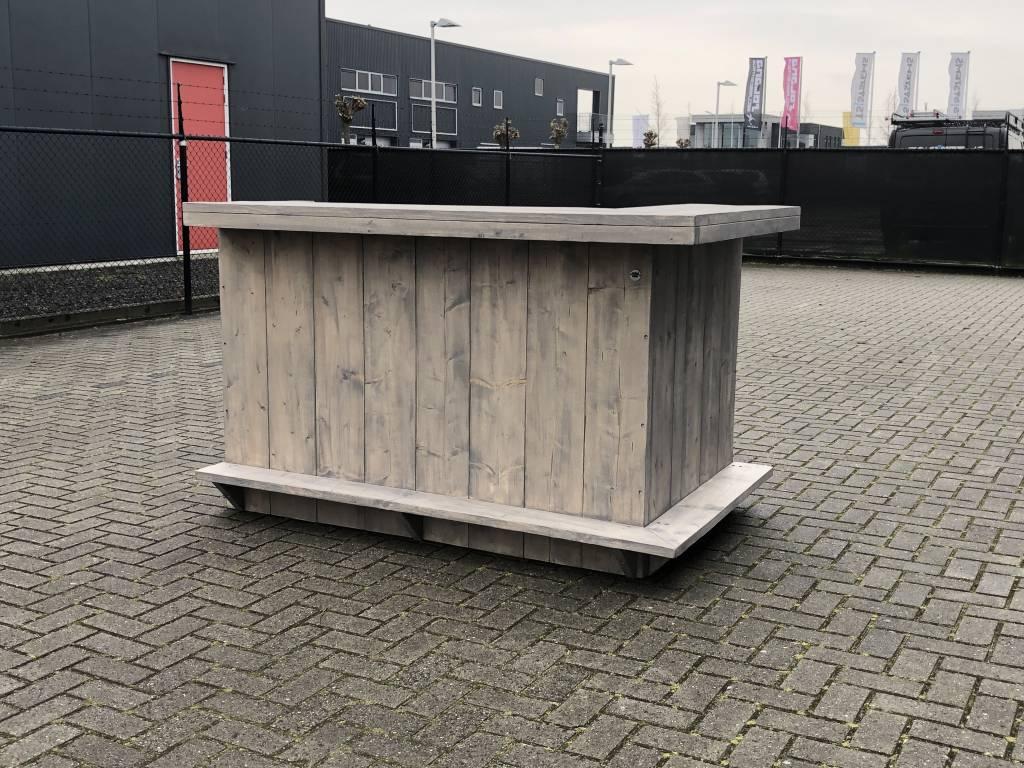 Everton Bar / Toog van steigerhout