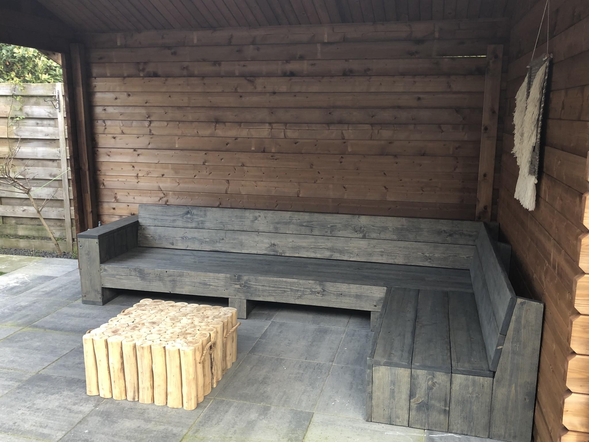 Hoekbank van steigerhout