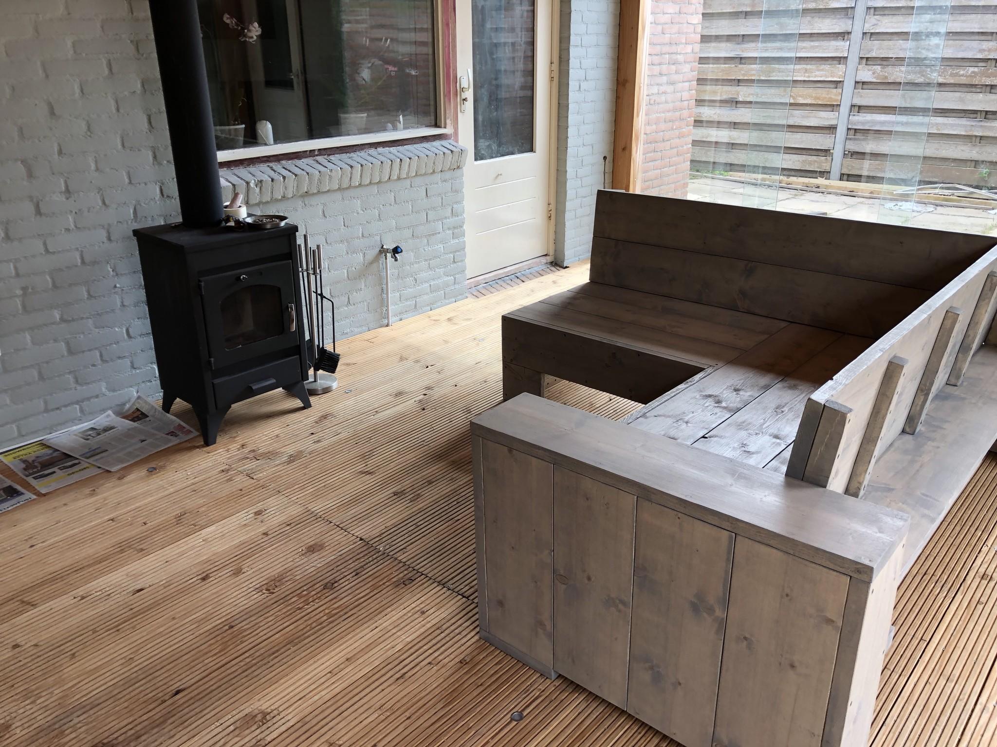 Steur Hoekbank van steigerhout