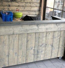Leeds Toog / Tapkast / Bar