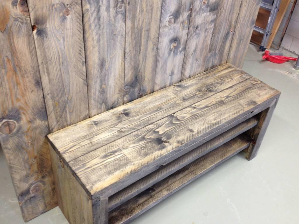 Urk TV meubel van steigerhout met een black wash