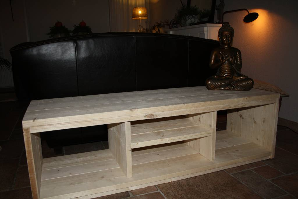 David TV meubel van steigerhout