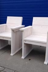 Stoel van steigerhout in white wash