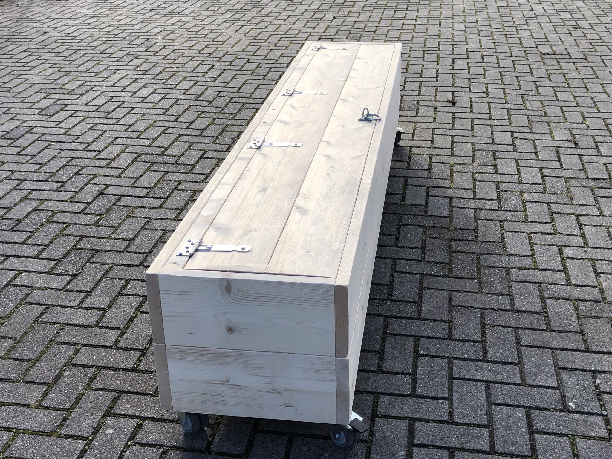 Alandroal Blanket Box / Aufbewahrungsbox / Rollbank