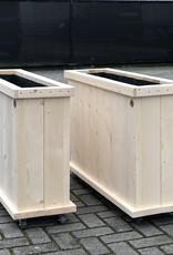 Oost Plantenbak / Bloembak van steigerhout op wieltjes : Model Oost