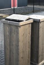 Jussi Zuil / Pilaar / Sokkel met opbergruimte van steigerhout
