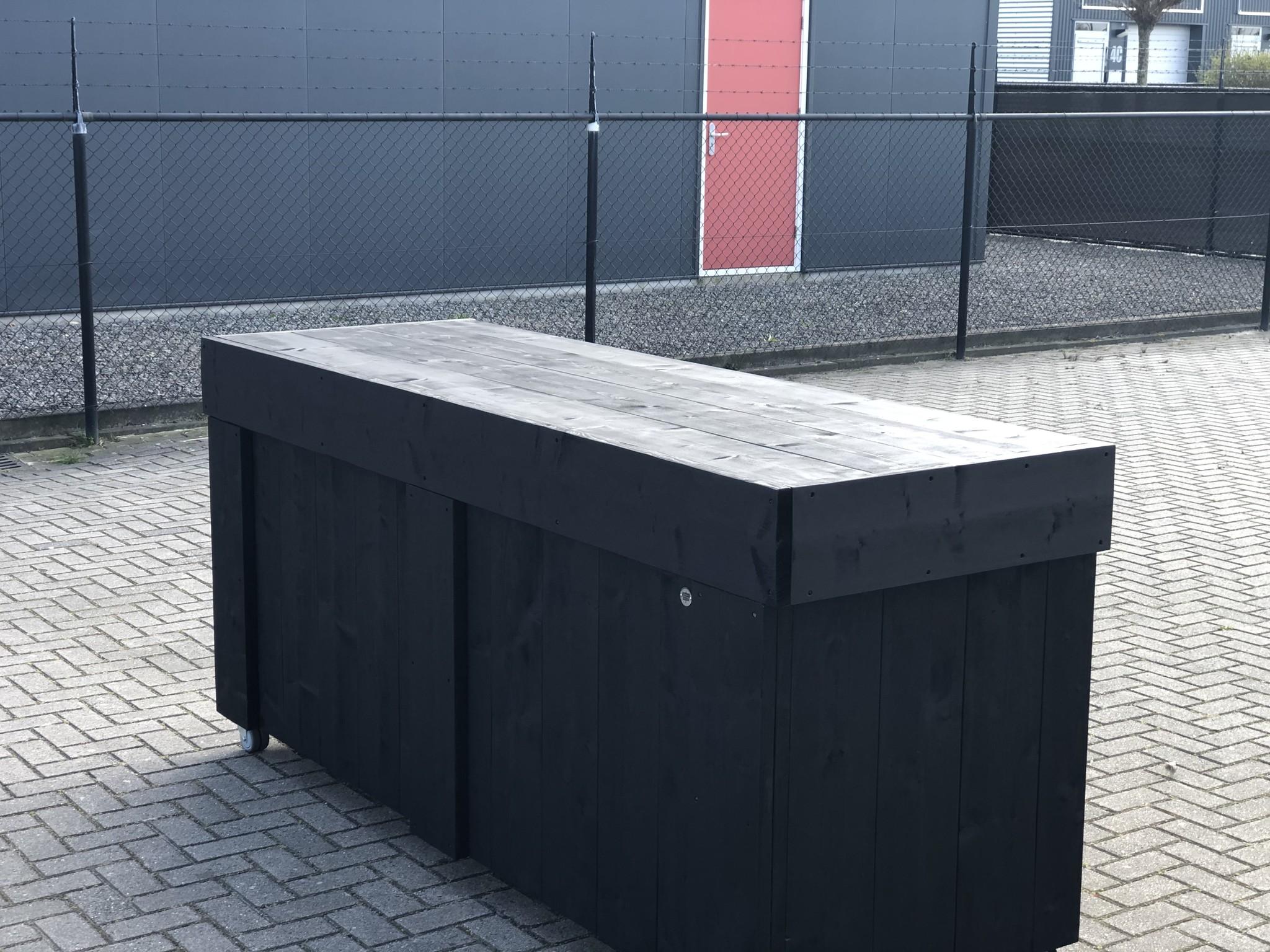 Maasdijk  Verrijdbare Toog /  Tapkast / Toonbank van Steigerhout
