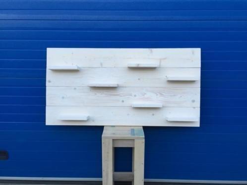 Wandbord van steigerhout