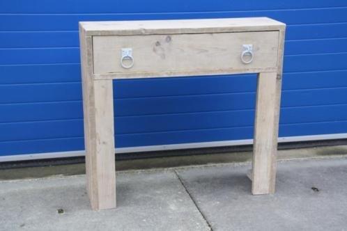 Sidetable van oud steigerhout met lade voor ombouw CV